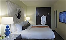 ACME Hotel Company, Chicago - Standard King